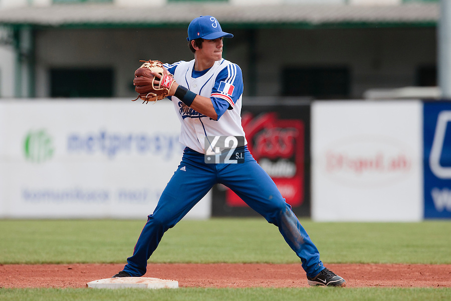 19 August 2010: Maxime Lefevre of Team France throws the ball to first base during France 7-6 win over Slovakia, at the 2010 European Championship, under 21, in Brno, Czech Republic.