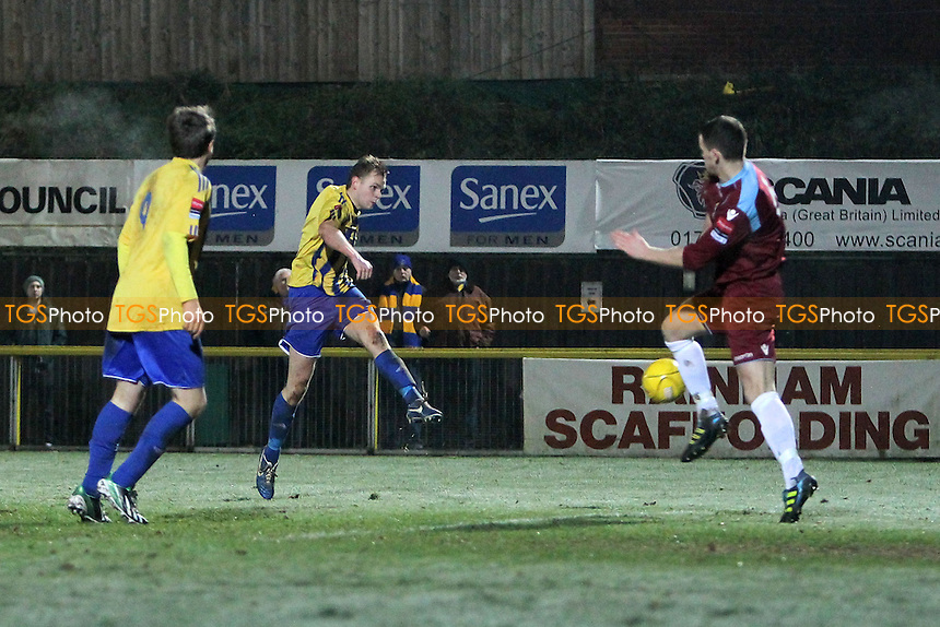 Jack Barry scores the second goal for Romford - Romford vs Brentwood Town - Ryman League Division One North Football at Ship Lane, Thurrock FC - 09/01/13 - MANDATORY CREDIT: Gavin Ellis/TGSPHOTO - Self billing applies where appropriate - 0845 094 6026 - contact@tgsphoto.co.uk - NO UNPAID USE.