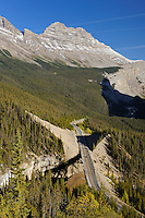 Icefields Parkway in the Canadian Rocky Mountains<br /> Canadian Rockies<br /> Alberta<br /> Canada