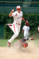 August 8, 2009:  Infielder Garin Cecchini (17) of Team One during the Under Armour All-America event at Wrigley Field in Chicago, IL.  Photo By Mike Janes/Four Seam Images
