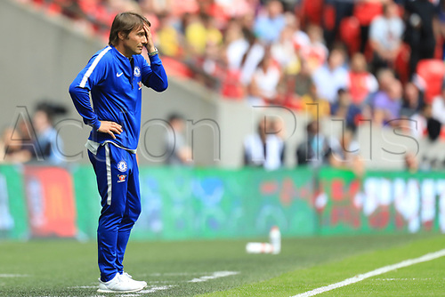 August 6th 2017, Wembley Stadium, London, England; FA Community Shield Final, Arsenal versus Chelsea; A dejected Chelsea Manager Antonio Conte cannot watch the immediate action