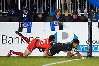 Anthony Watson of Bath Rugby scores his second try of the match. European Rugby Champions Cup match, between Bath Rugby and RC Toulon on December 16, 2017 at the Recreation Ground in Bath, England. Photo by: Patrick Khachfe / Onside Images