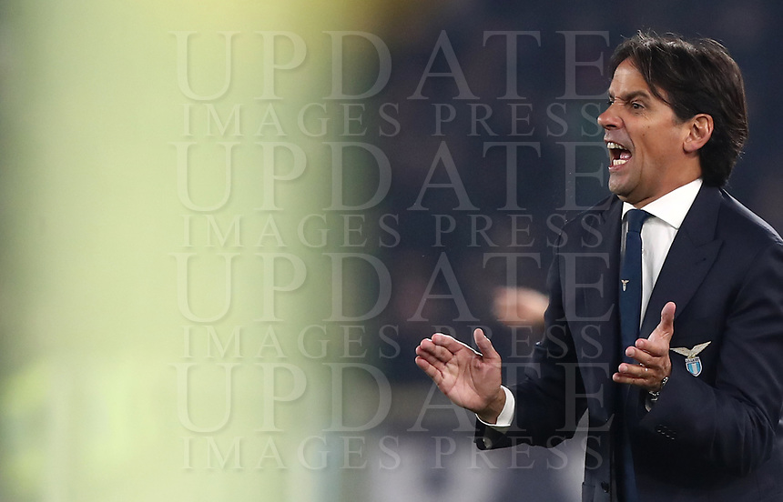 Football, Serie A: S.S. Lazio - Napoli, Olympic stadium, Rome, January 11, 2020.<br /> Lazio's coach Simone Inzaghi speaks to his players during the Italian Serie A football match between S.S. Lazio and Napoli at Rome's Olympic stadium, Rome , on January 11, 2020.<br /> UPDATE IMAGES PRESS/Isabella Bonotto