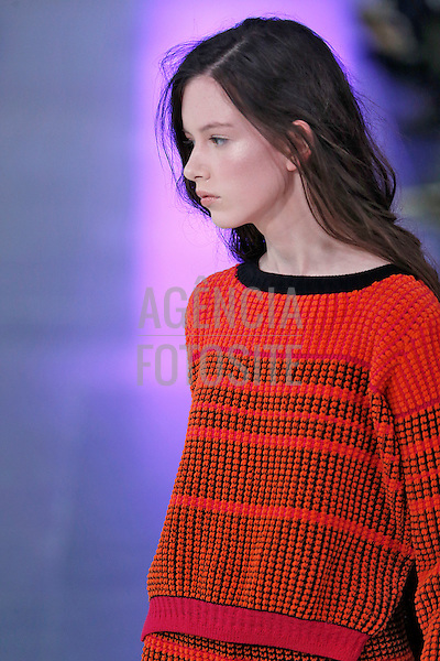Londres, Inglaterra &ndash; 02/2014 - Desfile de Mark Fast durante a Semana de moda de Londres - Inverno 2014.&nbsp;<br /> Foto: FOTOSITE