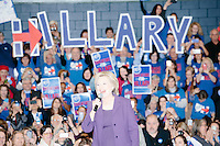 Hillary Clinton - Town Hall with Bill Clinton - Nashua Community College - Nashua, NH - 2 Feb 2016