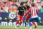 Benat Etxebarria Urkiaga (L)  of Athletic Club in action  during their La Liga match between Atletico de Madrid vs Athletic de Bilbao at the Estadio Vicente Calderon on 21 May 2017 in Madrid, Spain. Photo by Diego Gonzalez Souto / Power Sport Images