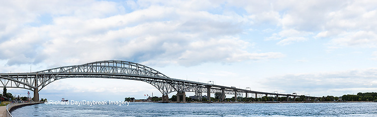 64795-01608 Ship and Blue Water Bridge Port Huron, MI