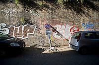 Un angolo di trastevere in totale stato di abbandono.<br /> The center of the city on neglect