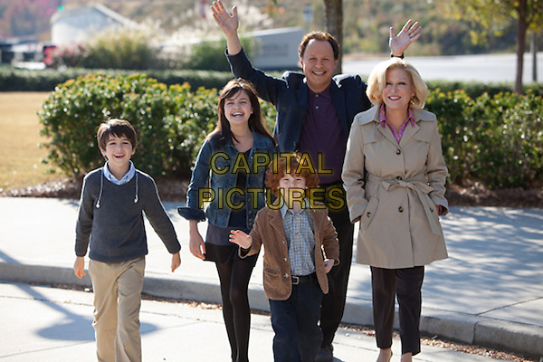 Joshua Rush, Bailee Madison, Kyle Harrison Breitkopf, Billy Crystal & Bette Midler.in Parental Guidance (2012) .*Filmstill - Editorial Use Only*.CAP/FB.Supplied by Capital Pictures.
