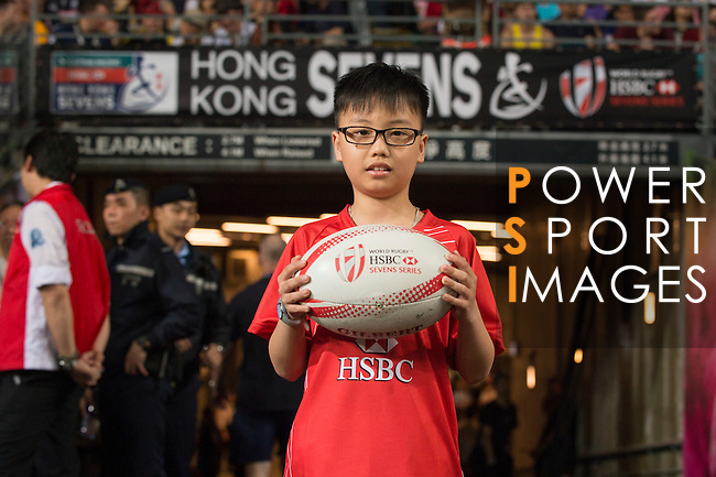 HSBC ball carrier during the HSBC Hong Kong Rugby Sevens 2016 on 10 April 2016 at Hong Kong Stadium in Hong Kong, China. Photo by Marcio Machado / Power Sport Images