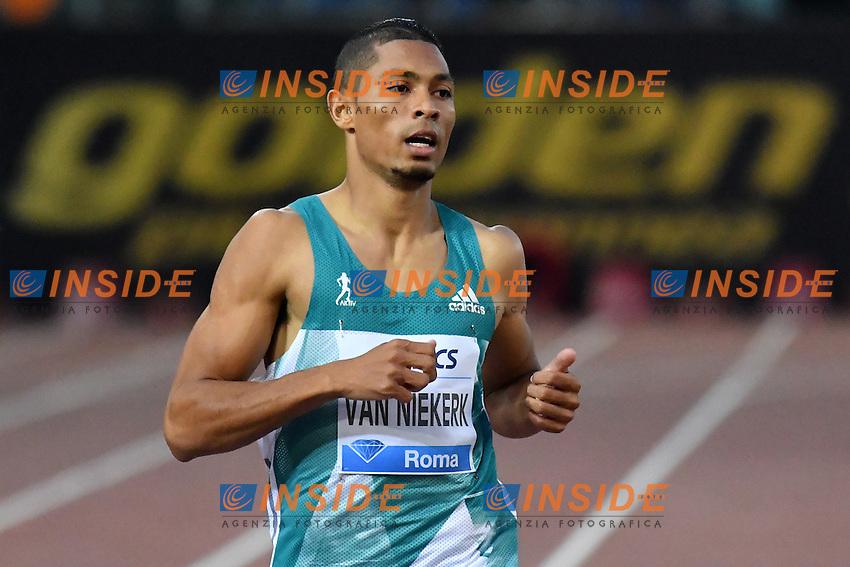 Wayde VAN NIEKERK RSA 400m Men Winner <br /> Roma 02-06-2016 Stadio Olimpico <br /> IAAF Diamond League Golden Gala <br /> Atletica Leggera<br /> Foto Andrea Staccioli / Insidefoto