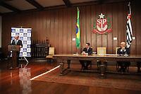 SÃO PAULO, SP, 06.05.2015 - ALCKMIN-SP - O governador Geraldo Alckmin durante assinatura do PL 46/2015, que restringe a comercialização de aparelhos que modificam IMEI em telefones celulares + assinatura de convênios com a Secretaria da Segurança Pública no Palácio dos Bandeirantes na região sul da cidade de São Paulo nesta quarta-feira,06.(Foto: Douglas Pingituro / Brazil Photo Press)