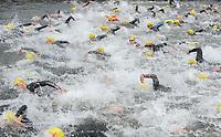 20170514 GEEL : Kwarttriathlon Geel - 1/4 triathlon Geel <br /> Start zwemproef<br /> <br /> PHOTO SPORTPIX.BE / DIRK VUYLSTEKE