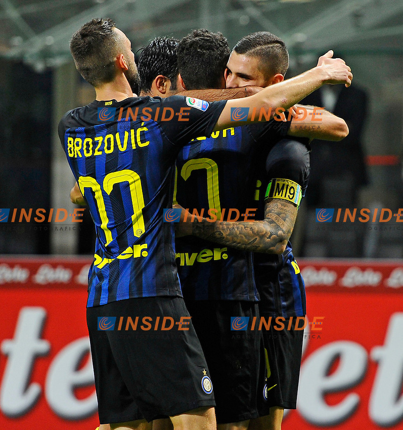 Esultanza gol di Mauro Icardi Inter 1-0. Celebration goal<br /> Milano 26-10-2016 Stadio Giuseppe Meazza - Football Calcio Serie A Inter - Torino. Foto Giuseppe Celeste / Insidefoto