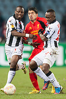 06.12.2012, Stadio Friuli, Udine, ITA, UEFA EL, Udinese Calcio vs FC Liverpool, Gruppe A, im Bild Emmanuel Agyemang (# 07, Udinese Calcio), Luis Suarez (# 07, Liverpool FC), Pablo Armero (# 27, Udinese Calcio) // during the UEFA Europa League group A match between Udinese Calcio and Liverpool FC at the Stadio Friuli, Udinese, Italy on 2012/12/06. EXPA Pictures © 2012, PhotoCredit: EXPA/ Juergen Feichter .Udine 7/12/2012 Stadio Friuli.Football Calcio Europa League 2012/2013.Udinese Vs Liverpool.Foto EXPA/ Juergen Feichter / Insidefoto