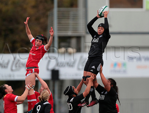 23.11.2016. Donnybrook Stadium, Dublin, Ireland. November Series. Canada women versus New Zealand women.<br />