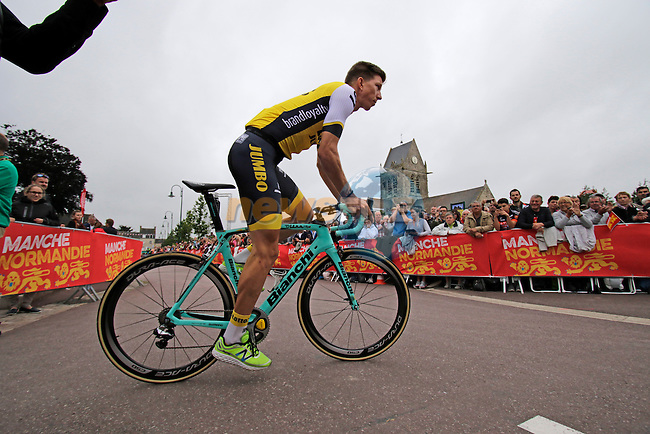 Sep Vanmarcke (BEL) Team Lotto NL-Jumbo arrives for the team presentations before the start of the 2016 Tour de France, Sainte-Mere-Eglise, France . 30th June 2016.<br /> Picture: Eoin Clarke | Newsfile<br /> <br /> <br /> All photos usage must carry mandatory copyright credit (&copy; Newsfile | Eoin Clarke)
