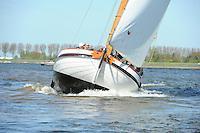 ZEILEN: LEMMER: 05-05-2016, Skûtsjesilen Lemmer Ahoy, ©foto Martin de Jong