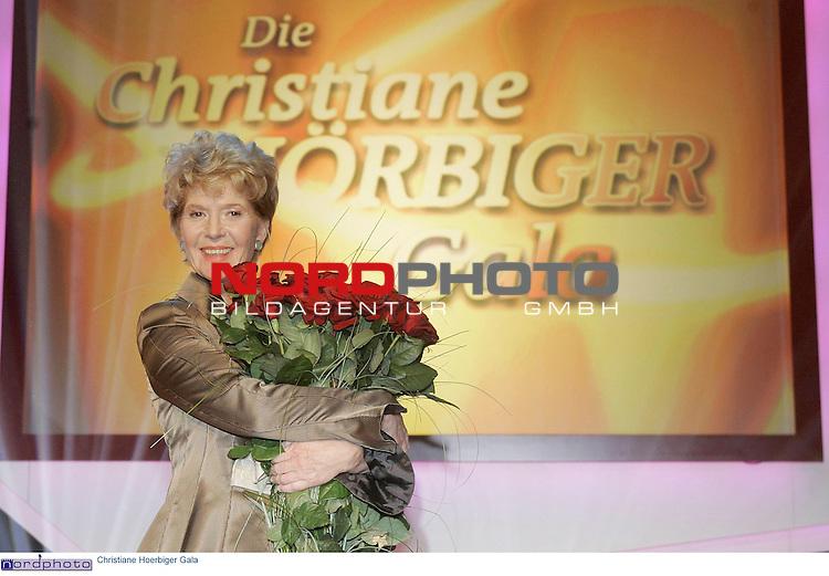 Pressetermin zur &quot;Christiane Hoerbiger Gala&quot; im Ersten<br /> <br /> im Curio-Haus <br /> <br /> Christine Hoerbiger ( Hoerbiger )<br /> <br /> Foto &copy; nordphoto / Anja Heinemann<br /> <br />  *** Local Caption *** Foto ist honorarpflichtig! zzgl. gesetzl. MwSt.<br />  Belegexemplar erforderlich<br /> Adresse: nordphoto<br /> Georg-Reinke-Strasse 1<br /> 49377 Vechta