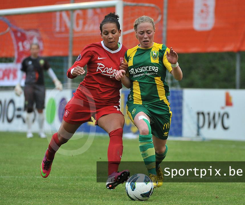 KNVB Beker Finale : ADO Den Haag - FC Twente : duel tussen Shanice van de Sanden (links) en Yvette van der Veen (r)<br /> foto DAVID CATRY / Nikonpro.be