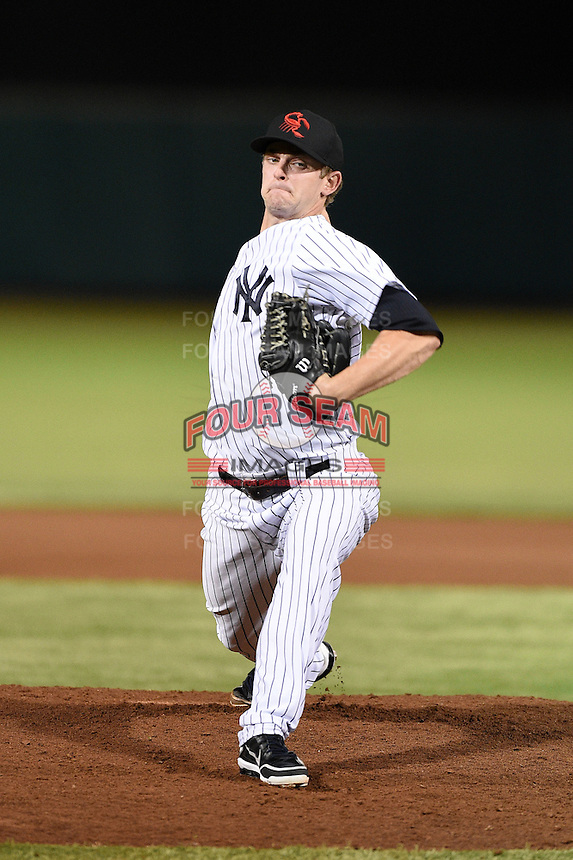 Scottsdale Scorpions pitcher Caleb Cotham (28) during an Arizona Fall League game against the Salt River Rafters on October 8, 2014 at Scottsdale Stadium in Scottsdale, Arizona.  Salt River defeated Scottsdale 6-3.  (Mike Janes/Four Seam Images)