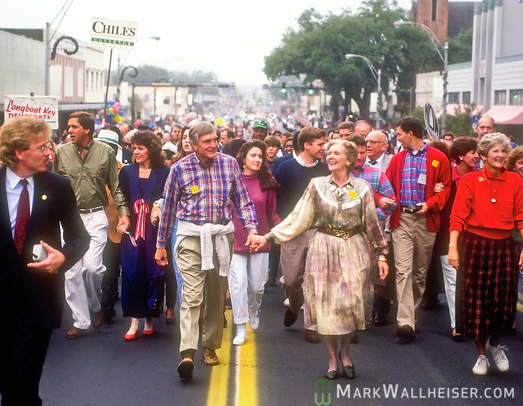 Lawton Chiles and wife Rhea during the inaugural parade after his inauguration as Florida 41st Governor on January 7, 1991 in Tallahassee, Florida.