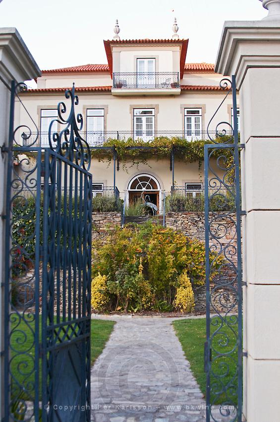 hotel vintage house pinhao douro portugal