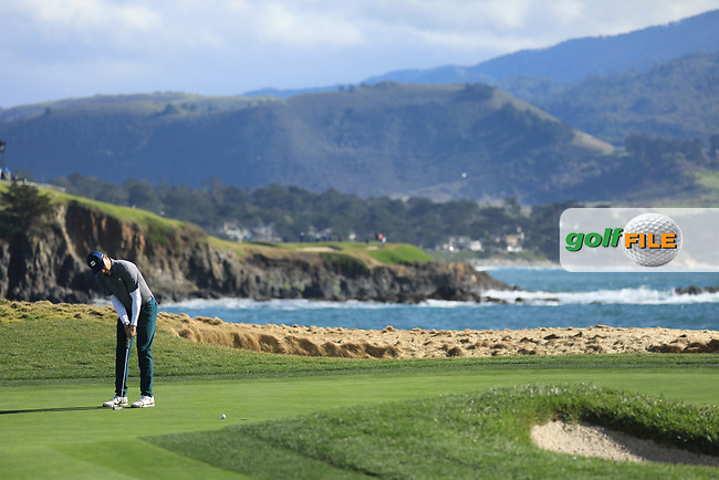 Jordan Spieth (USA) in action at Pebble Beach Golf Links during the third round of the AT&amp;T Pro-Am, Pebble Beach Golf Links, Monterey, USA. 09/02/2019<br /> Picture: Golffile | Phil Inglis<br /> <br /> <br /> All photo usage must carry mandatory copyright credit (&copy; Golffile | Phil Inglis)