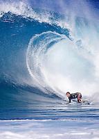 Tom Curren(USA) surfing at Backdoor, Hawaii. Photo: Joli