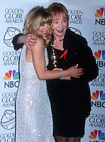 Goldie Hawn Shirley Maclaine 1998<br /> Photo By John Barrett/PHOTOlink