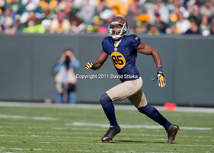 Green Bay Packers wide receiver Greg Jennings (85) runs a pass route during a Week 6 NFL football game against the St. Louis Rams on October 16, 2011 in Green Bay, Wisconsin. The Packers won 24-3. (AP Photo/David Stluka)
