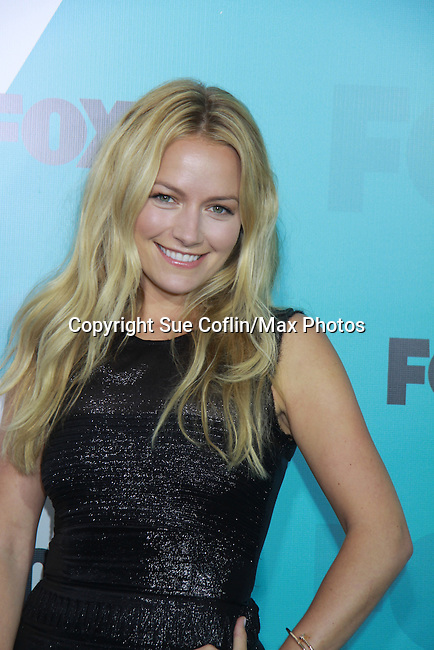 "Becki Newton ""Chloe"" in The Goodwin Games at The Fox 2012 Programming Presentation on May 14, 2012 at Wollman Rink, Central Park, New York City, New York. (Photo by Sue Coflin/Max Photos) 917-647-8403"