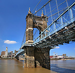 The John A. Roebling Suspension Bridge Over The Ohio River At Cincinnati, Finished In 1866 As A Prototype For The Brooklyn Bridge