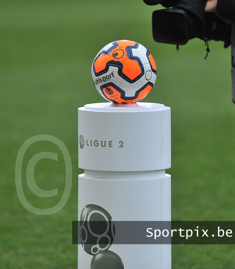 20140201 - LENS , FRANCE : official Uhlsport Ligue 2 ball pictured during the soccer match between Racing Club de LENS and Stade Lavallois , on the twenty second matchday in the French Ligue 2 at the Stade Bollaert Delelis stadium , Lens . Saturday 1st February 2014. PHOTO DAVID CATRY