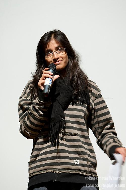 Deepa Gupta addresses Conference of Youth, COP 15, Denmark (©Robert vanWaarden