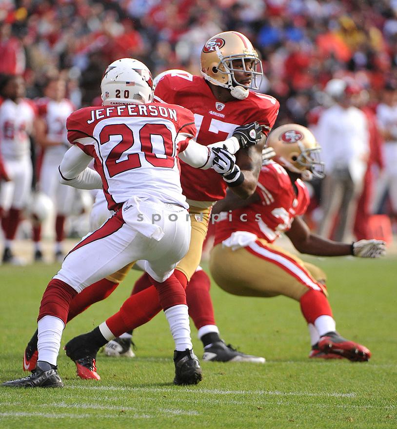BRAYLON EDWARDS, of the San Francisco 49ers, in action during the 49ers game against the Arizona Cardinals on November 20, 2011 at Candlestick Park in San Francisco, CA. San Francisco beat Arizona 23-7.