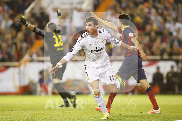 Real Madrid´s Gareth Bale celebrates a goal that wash´t validate during the Spanish Copa del Rey `King´s Cup´ final soccer match between Real Madrid and F.C. Barcelona at Mestalla stadium, in Valencia, Spain. April 16, 2014. (ALTERPHOTOS/Victor Blanco)