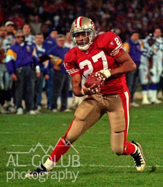 San Francisco 49ers vs. Minnesota Vikings at Candlestick Park Monday, December 18, 1995.  49ers beat Vikings  37-30.  San Francisco 49ers running back Adam Walker (27).