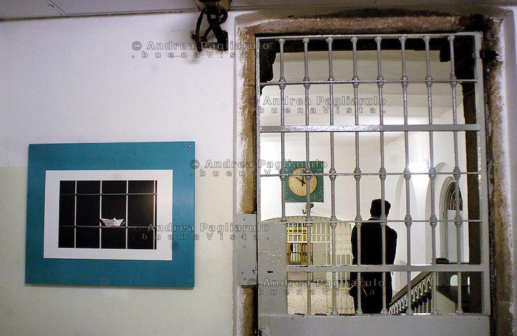 Milano, carcere di San Vittore, mostra fotografica &quot;San Vittore custodiscili&quot; di Roby Schirer.<br /> Milan, photografic exhibition in San Vittore prison.