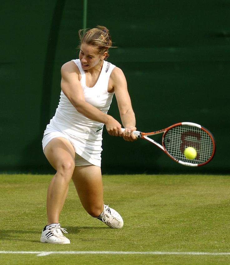Photo. Jed Wee..Wimbledon Championships. 20/06/2005..Katie O'Brien.