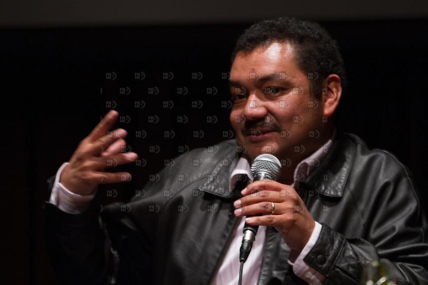 CIUDAD DE MEXICO, DF. 23 de mayo.-   Alberto Najar,  durante el 7 aniversario de Periodistas de a Pie en el Centro Cultural España en la Ciudad de México el  23 de mayo de 2014.  ALEJANDRO MELENDEZ