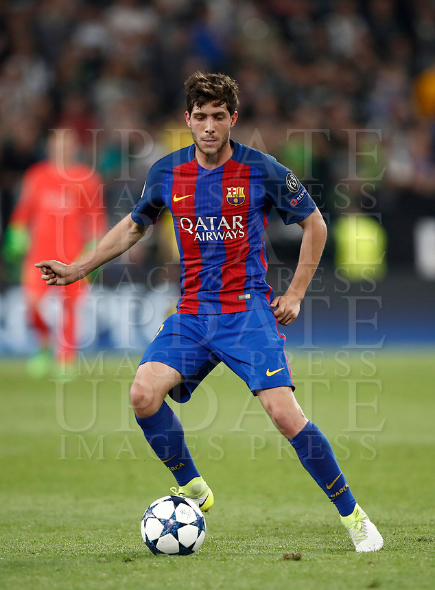Football Soccer: UEFA Champions UEFA Champions League quarter final first leg Juventus-Barcellona, Juventus stadium, Turin, Italy, April 11, 2017. <br /> Barcellona's Sergi Roberto in action during the Uefa Champions League football match between Juventus and Barcelona at the Juventus stadium, on April 11 ,2017.<br /> UPDATE IMAGES PRESS/Isabella Bonotto