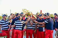 Team U.S.A. and the crowd erupts following trophy presentation following the 2017 President's Cup, Liberty National Golf Club, Jersey City, New Jersey, USA. 10/1/2017. <br /> Picture: Golffile | Ken Murray<br /> <br /> All photo usage must carry mandatory copyright credit (&copy; Golffile | Ken Murray)