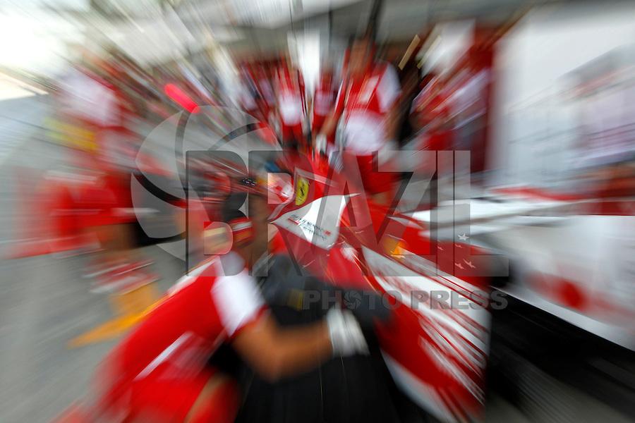 MONZA, ITALIA, 06.09.2013 - F1 - GP DE MONZA - TREINO LIVRE - O piloto espanhol Fernando Alonso da equipe Ferrari durante o primeiro treino livre do GP da Itália de Fórmula 1, nesta sexta-feira(06), no circuito de Monza. A prova será realizada no próximo domingo. (Foto: Pixathlon / Brazil Photo Press).