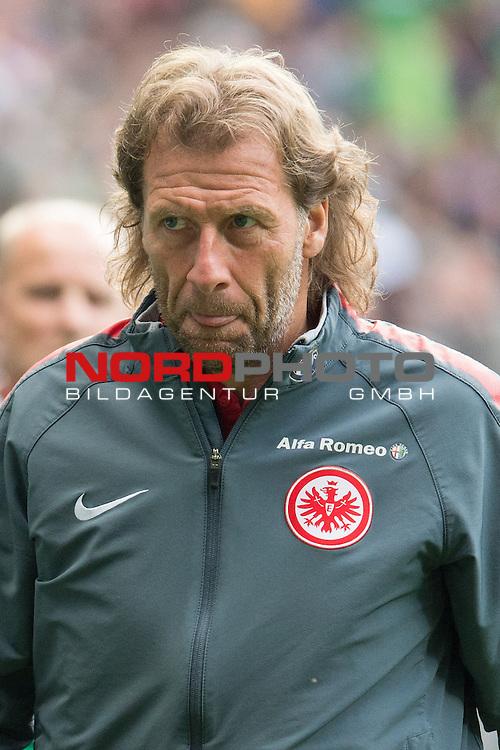02.05.2015, Weser Stadion, Bremen, GER, 1.FBL. Werder Bremen vs Eintracht Frankfurt, im Bild<br /> <br /> <br /> Co Trainer Wolfgang Rolff (Eintracht Frankfurt)<br /> <br /> <br /> Foto &copy; nordphoto / Kokenge