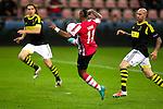 Nederland, Eindhoven, 25 oktober  2012.Europa League.Seizoen 2012-2013.PSV-AIK.Jeremain Lens van PSV scoort de 1-1