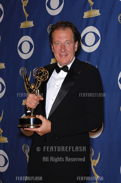 GEOFFREY RUSH at the 57th Annual Primetime Emmy Awards in Los Angeles..September 18, 2005  Los Angeles, CA..© 2005 Paul Smith / Featureflash