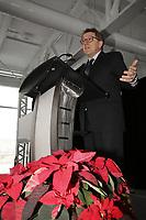 Mme Sylvie Vachon, PDG de l'Administration portuaire de Montreal (APM) remet au capitaine gagnant la Canne a pommeau d'or lors d'une ceremonie officielle au nouveau Terminal de croisieres de l'Administration portuaire de Montreal, le 3 janvier 2018.<br /> <br /> En Photo : Jean d'Amour, Ministre delegue aux affaires maritimes (quebec)<br /> <br /> PHOTO : <br /> Agence Quebec Presse