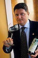 """Europe/Italie/Emilie-Romagne/Bologne : Restaurant """"La Pernice E La Gallina"""" Giuseppe Sportelli sommelier"""