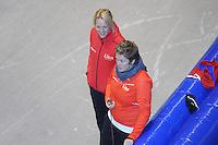 SCHAATSEN: HEERENVEEN: Thialf, 26-06-2012, Zomerijs, Team LIGA, trainster Marianne Timmer, assistent-trainster Desly Hill, ©foto Martin de Jong